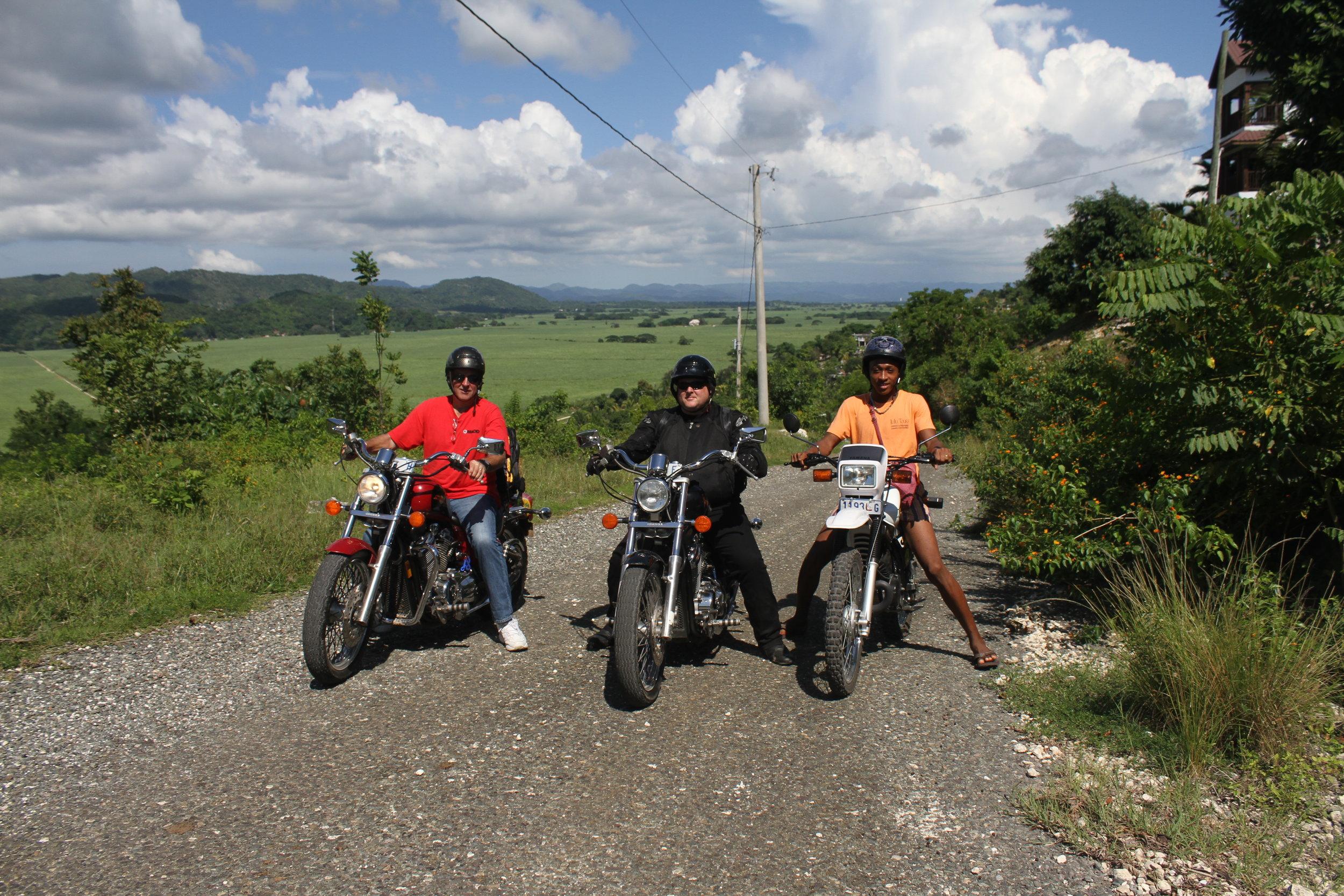 BIKE & MOTORCYCLETOURS -