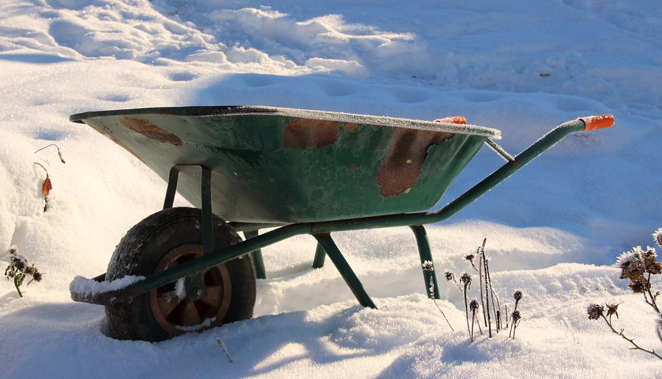 snow wheelbarrow.jpg