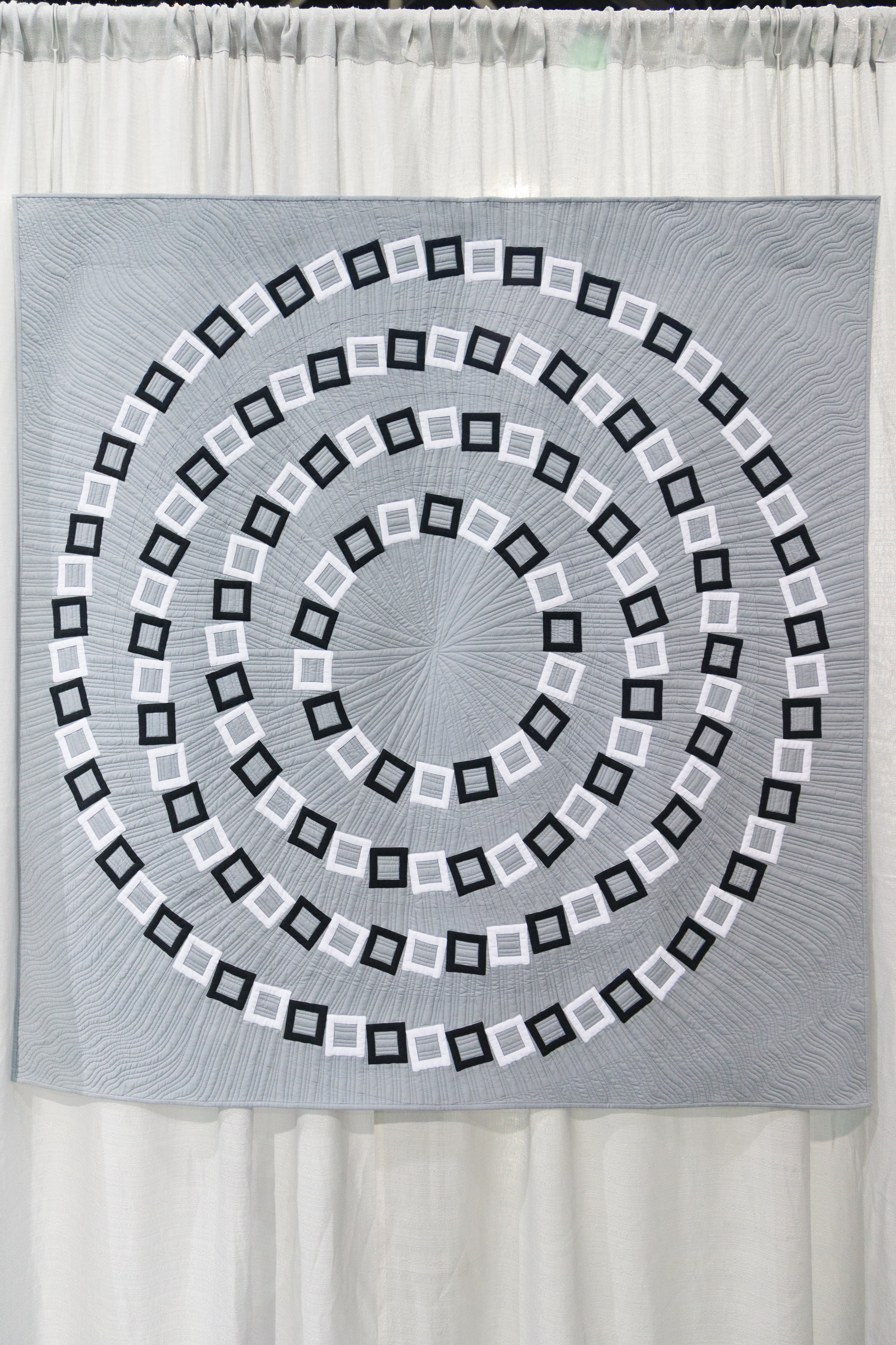 "Vertigo  56"" x 56"" Pieced and quilted by Elaine Poplin Huntsville, Alabama, United States Individual MQG Member"