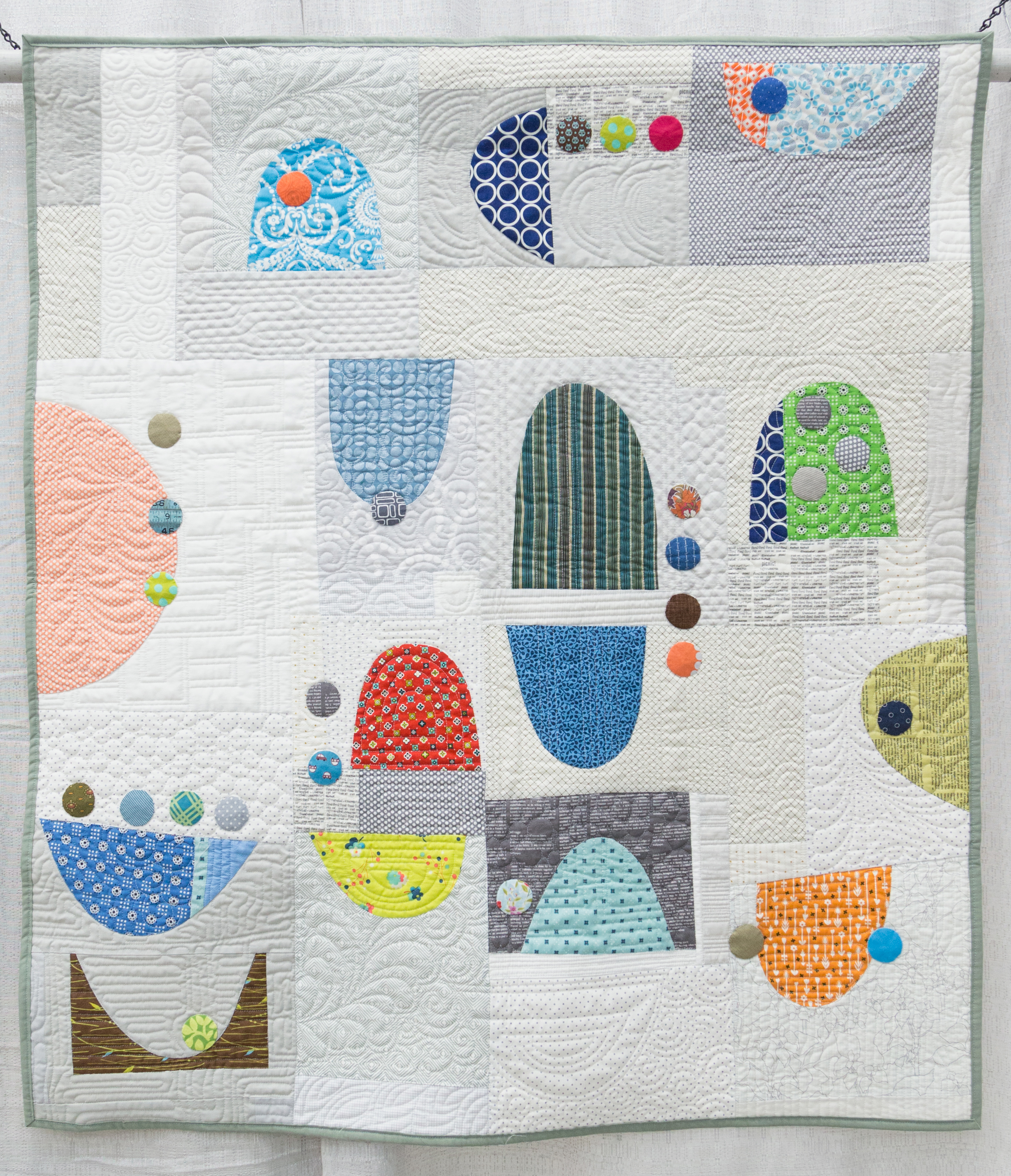 """2nd Place: The Dishes Can Wait  40"""" x 43"""" Pieced & Quilted by Rachel Kerley Hillsboro, Oregon Portland Oregon MQG"""