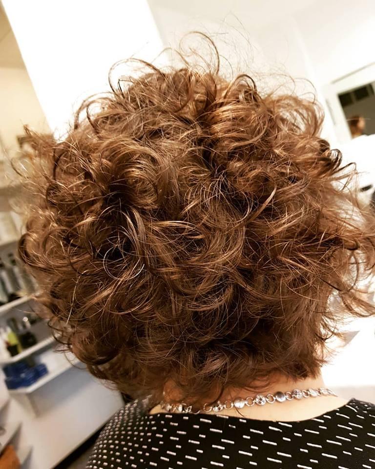 browncurls.jpg