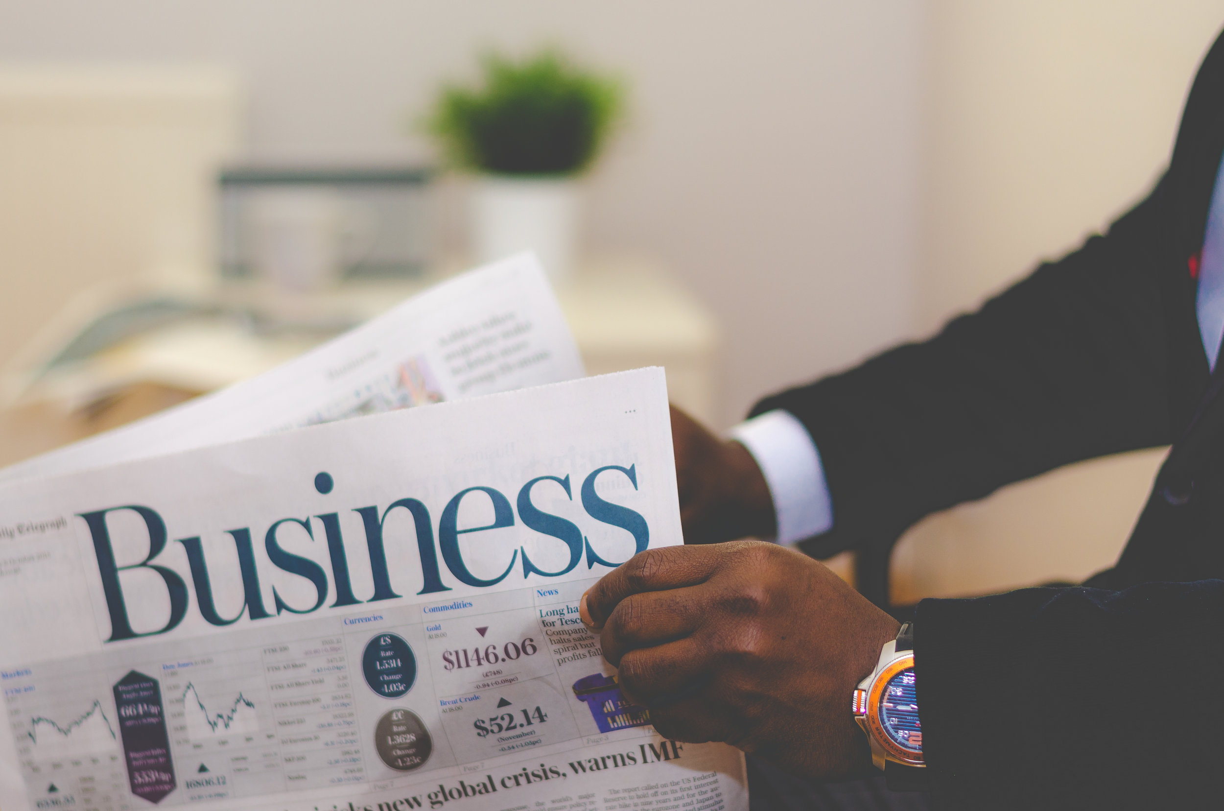 BUSINESS, FINANCE & NEWS - 9MM UVs
