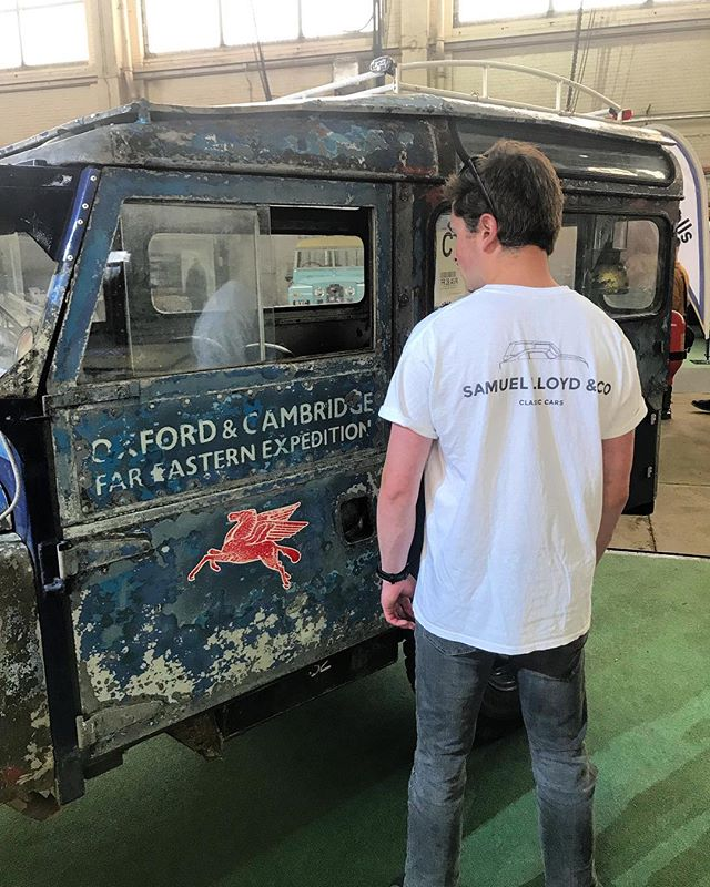 An amazing day @bicesterheritage for the 'Land Rover Legends' show. Met a lot of cool people and amazing cars including this Oxford & Cambridge expedition Land Rover series 1.