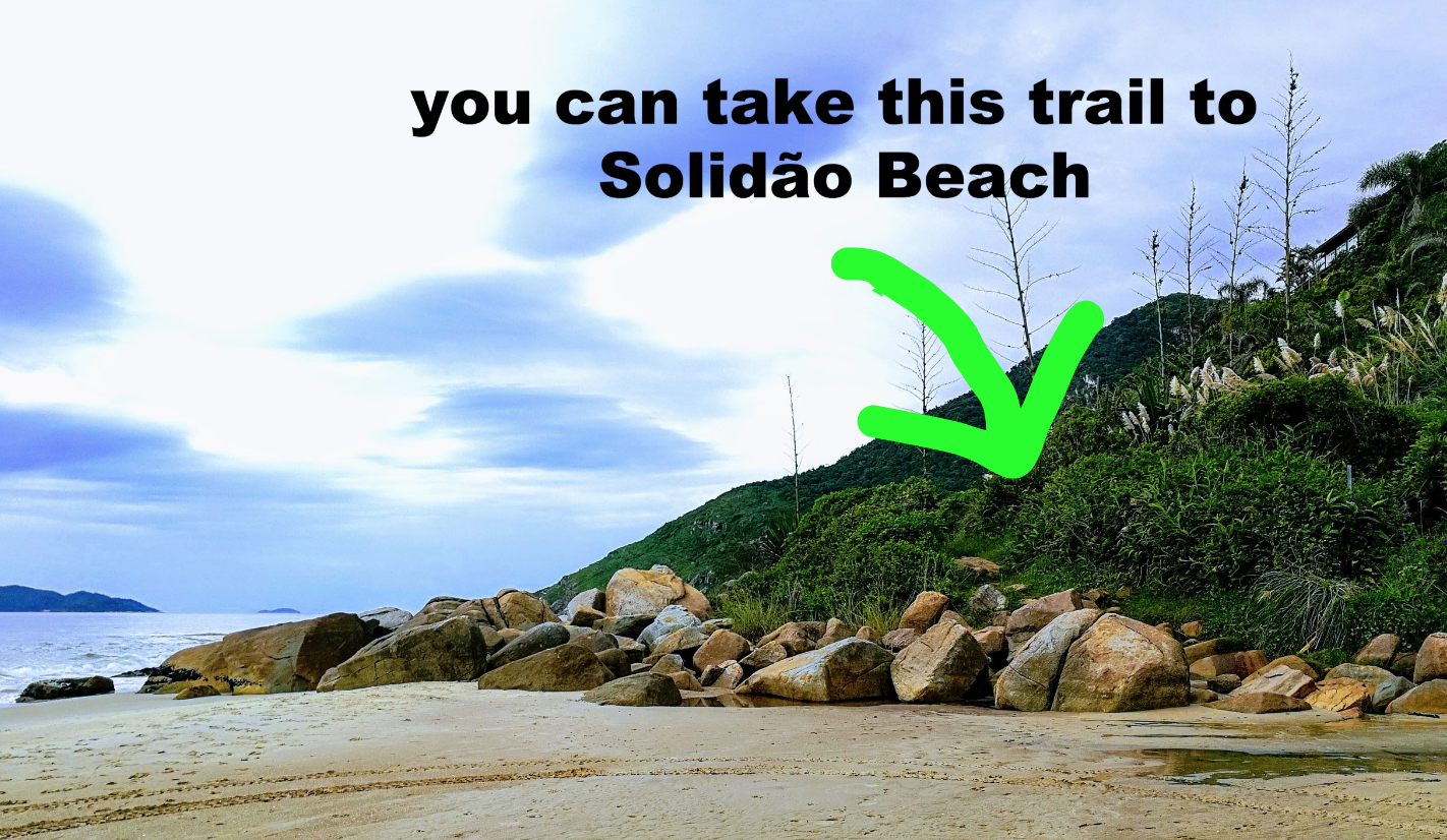 When you reach the end of Praia dos Açores you can either climb over the rocks or take the trail to Praia Solidão.