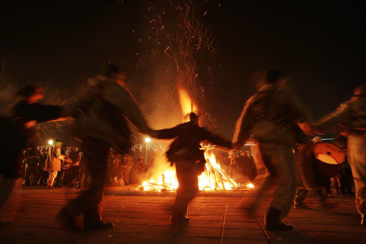 Samhain bonfire.jpg