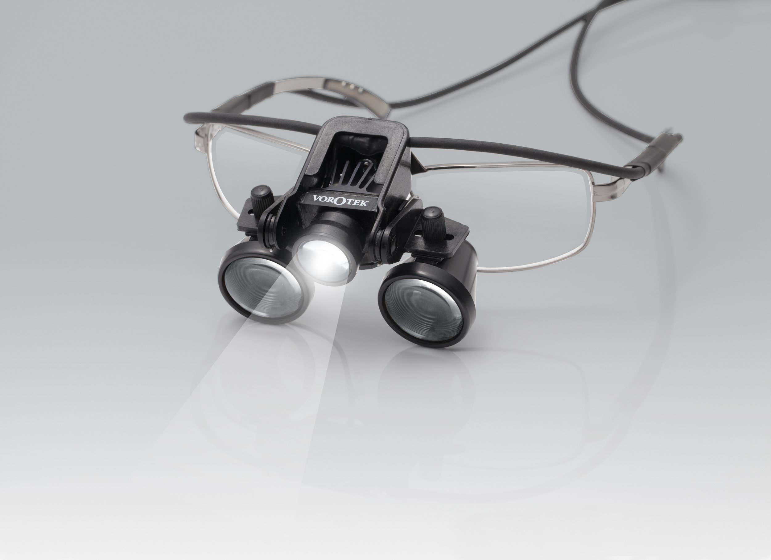 SpecFrame Model - Can be fitted with the user's prescription lenses. Ideal for individual use.