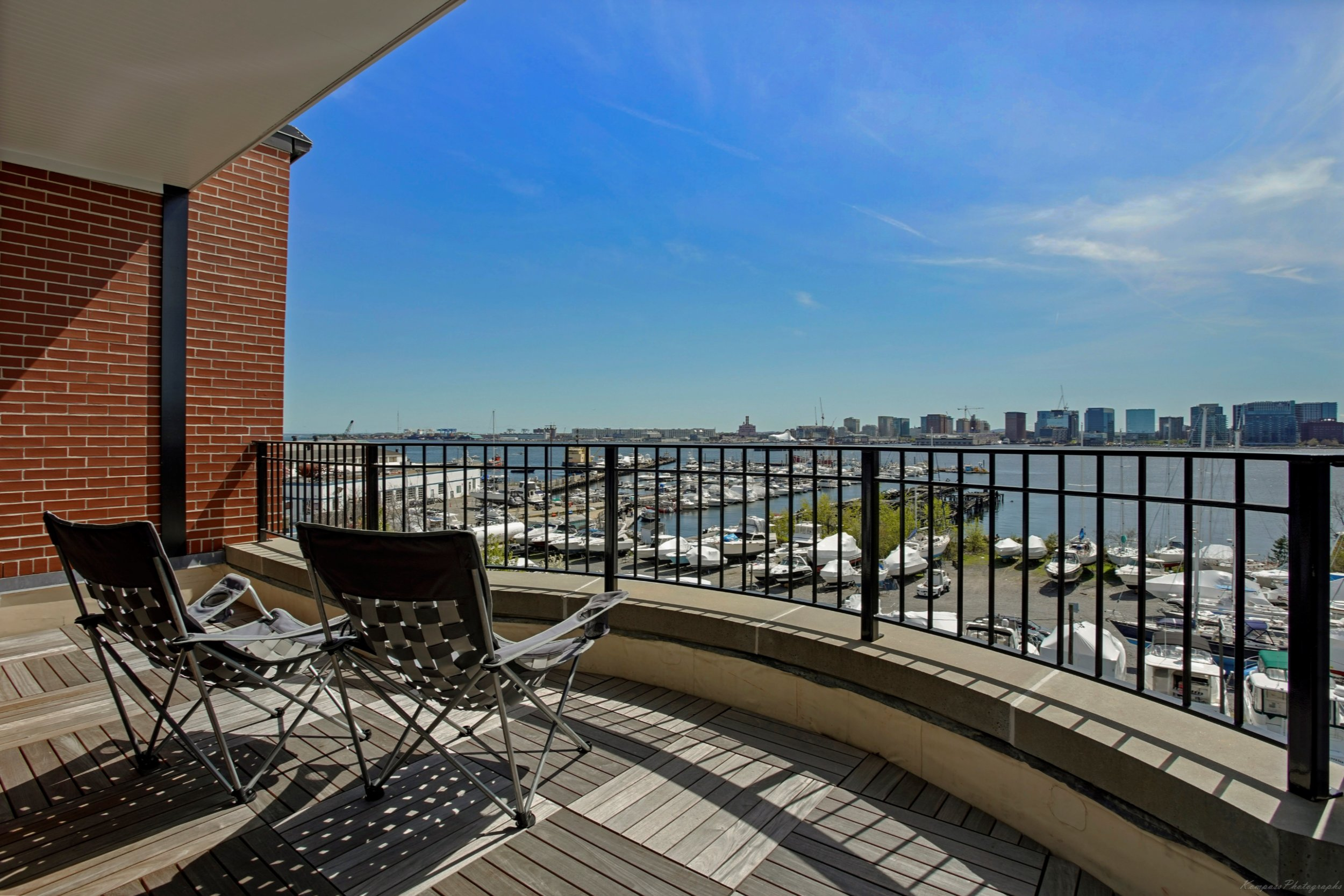 brigham st east boston 2019    sony ILCE-7M3 17mm hdr raw files