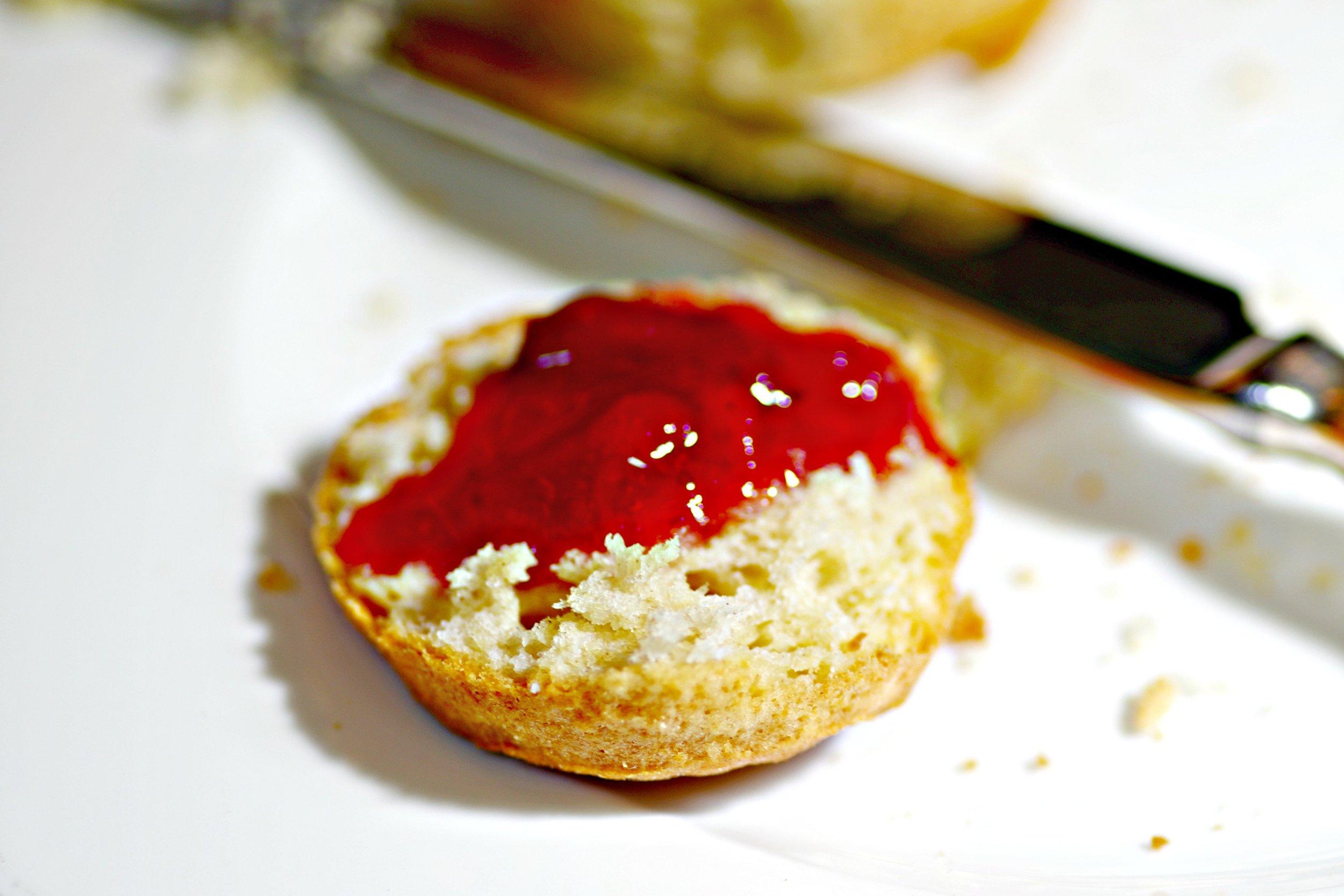 scone-with-jam.jpg