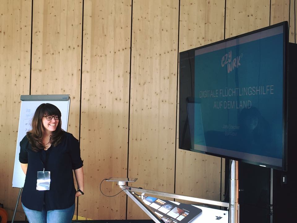 Jana Stecher - Dipl.Informatikerin, Systemische Organisationsberaterin, Coach für agile Organisationsformen & Projektmanagement.