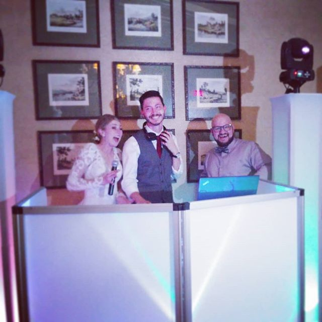 #motivationmonday we strive to make EVERY wedding an amazing experience! We got Mr and Mrs Young on the mic and let them DJ a bit for their friends! 🎉🎉 . . . . . #scenicevents #weddingplanning #wedding #weddingday #weddings #bride #groom #brideandgroom #insta #instabride #chattanoogaweddings #Chattanooga #weddingfun #love #lovewhatyoudo