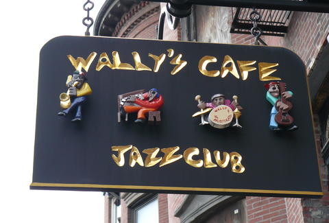 WALLY'S CAFE JAZZ CLUB