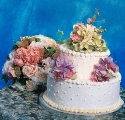 floral_wedding_cake.jpg