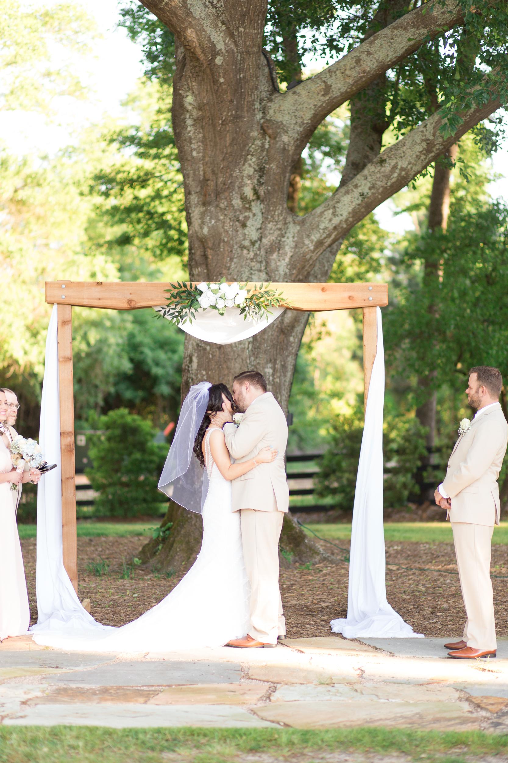 Zihlman-East TX Wedding_Kelsie Hendricks Photography_The Folmar Tyler Texas-109.jpg