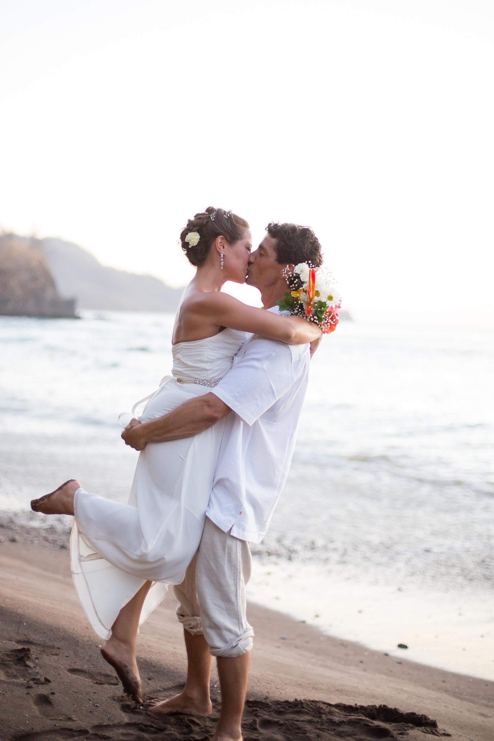 Lacie Wedding_Kelsie Hendricks Photography_Costa Rica-79.jpg