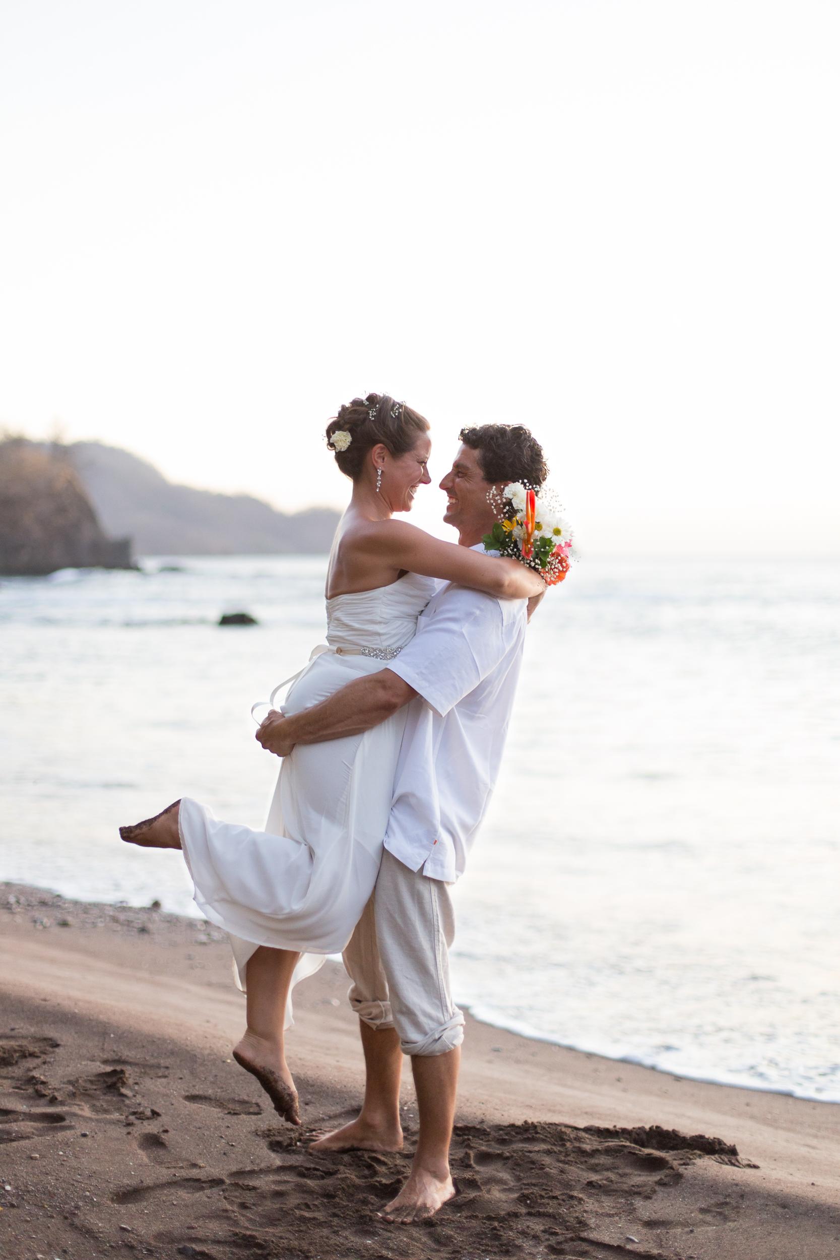 Lacie Wedding_Kelsie Hendricks Photography_Costa Rica-78.jpg