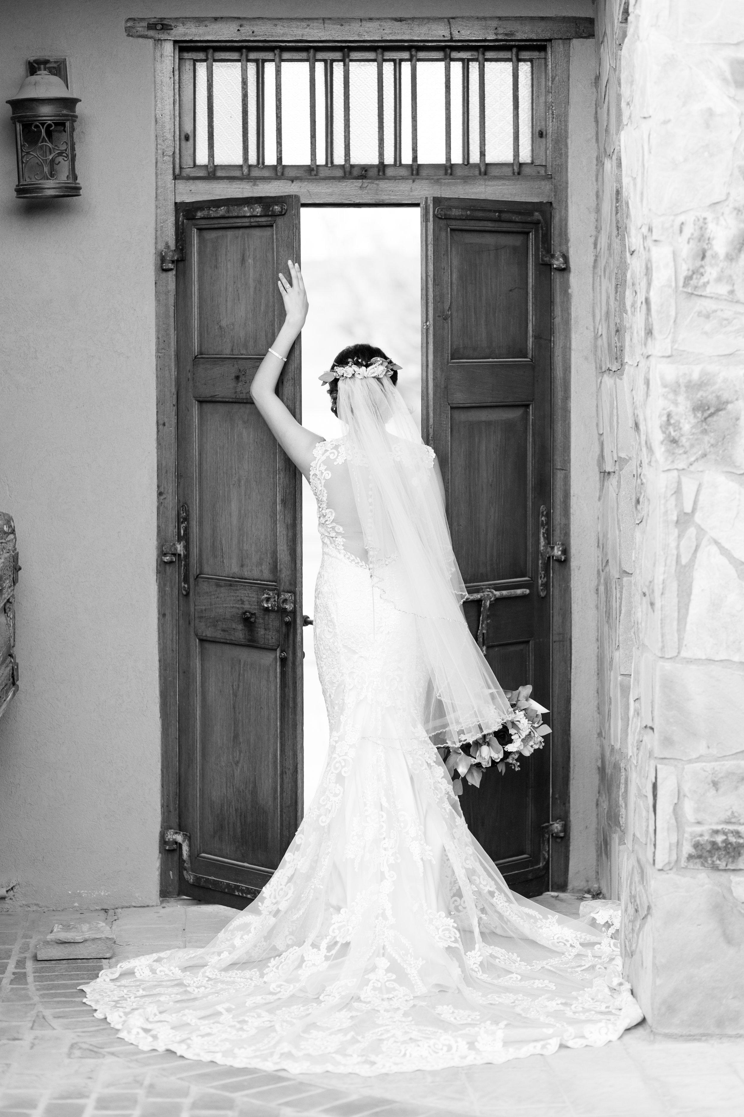 Lucy-Bridals-8.jpg