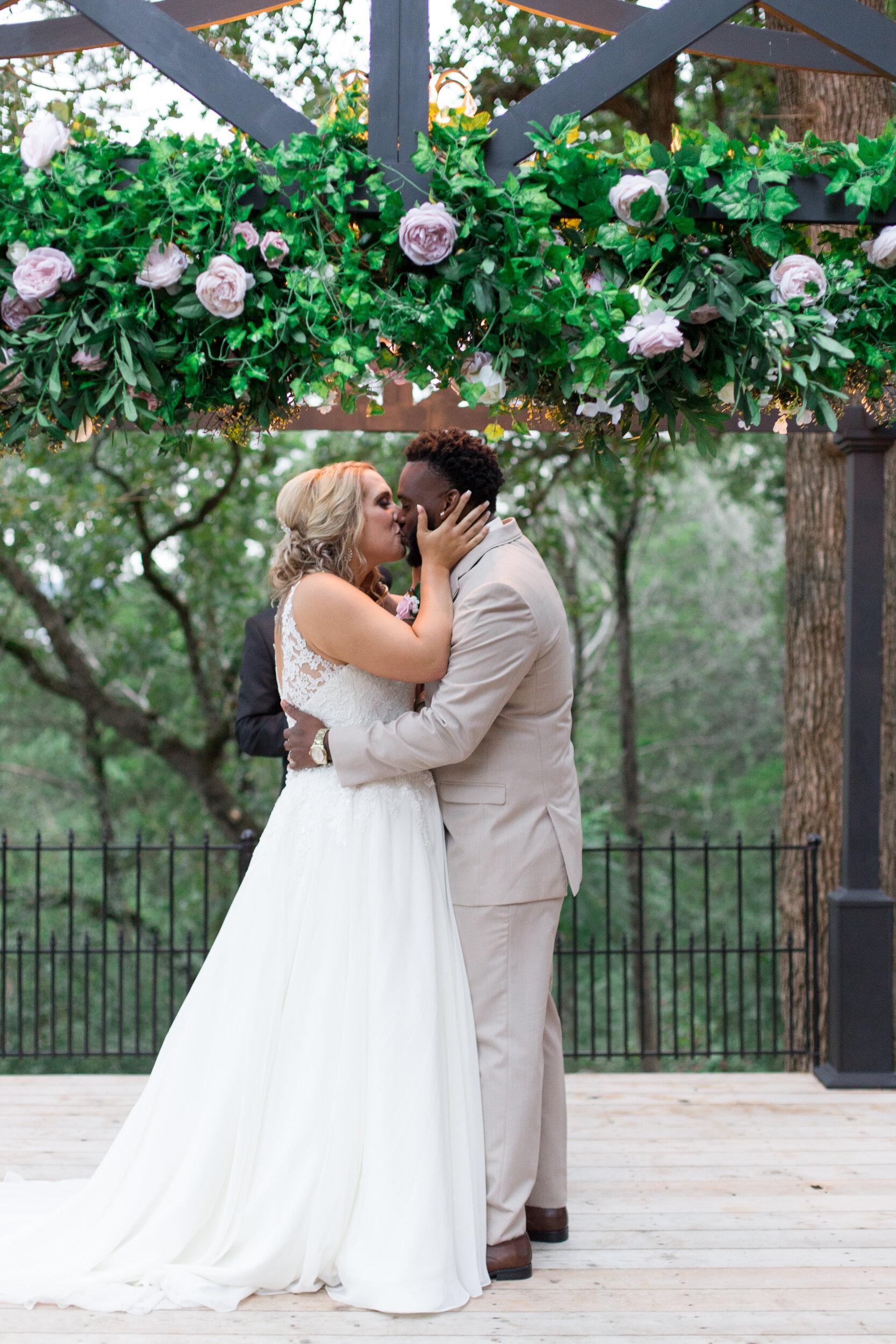 Emanuel-Wedding_kelsiehendricksphotography-71.jpg