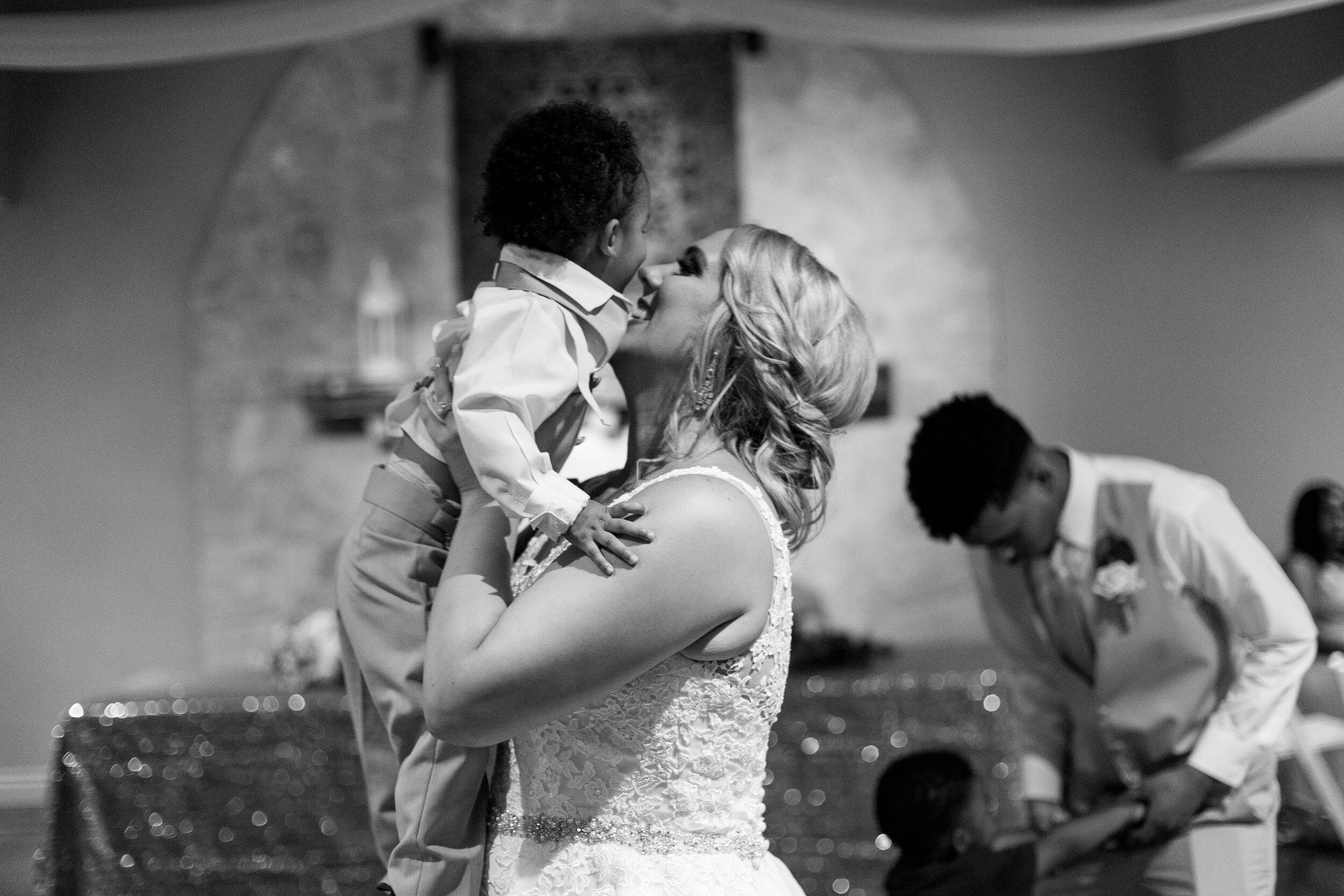 Emanuel-Wedding_kelsiehendricksphotography-78.jpg