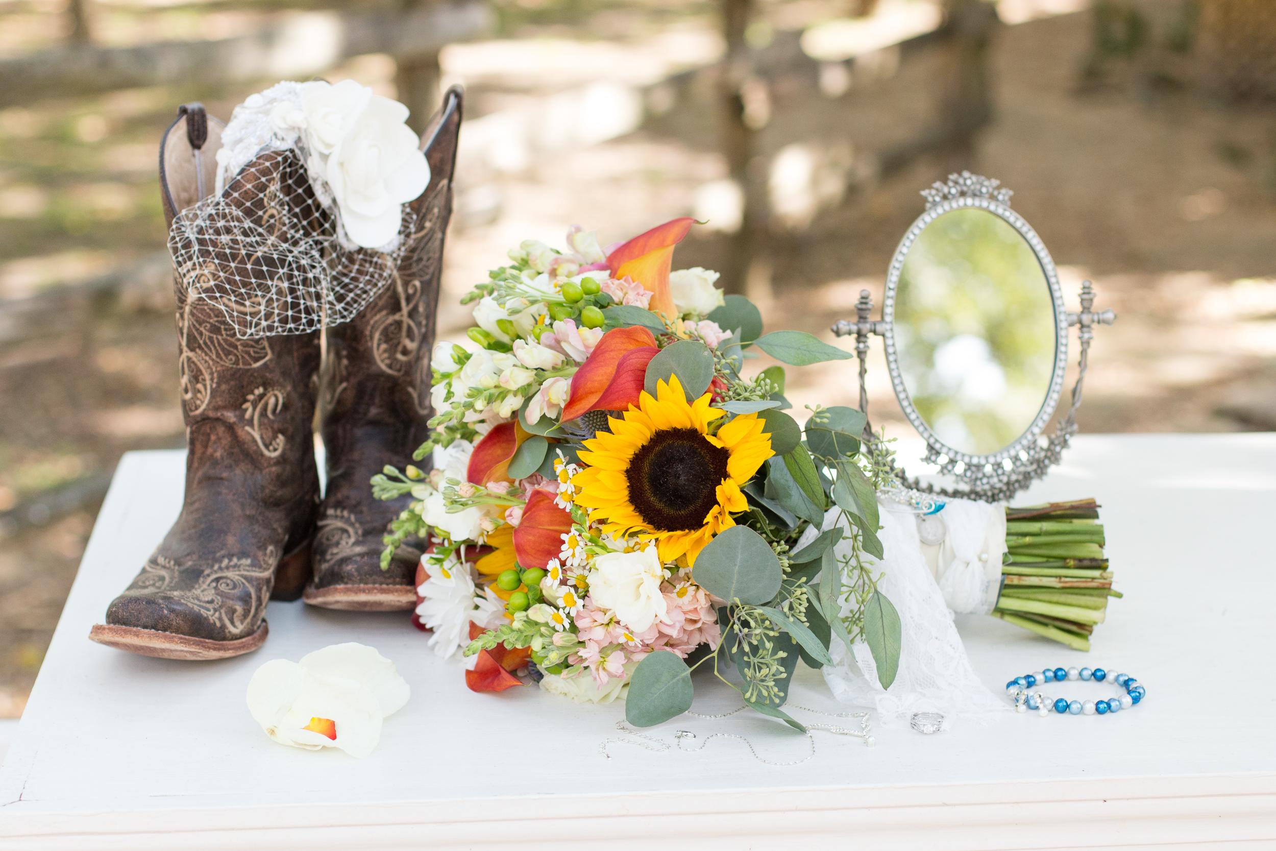 O'Connor-Wedding_kelsiehendricksphotography-32.jpg