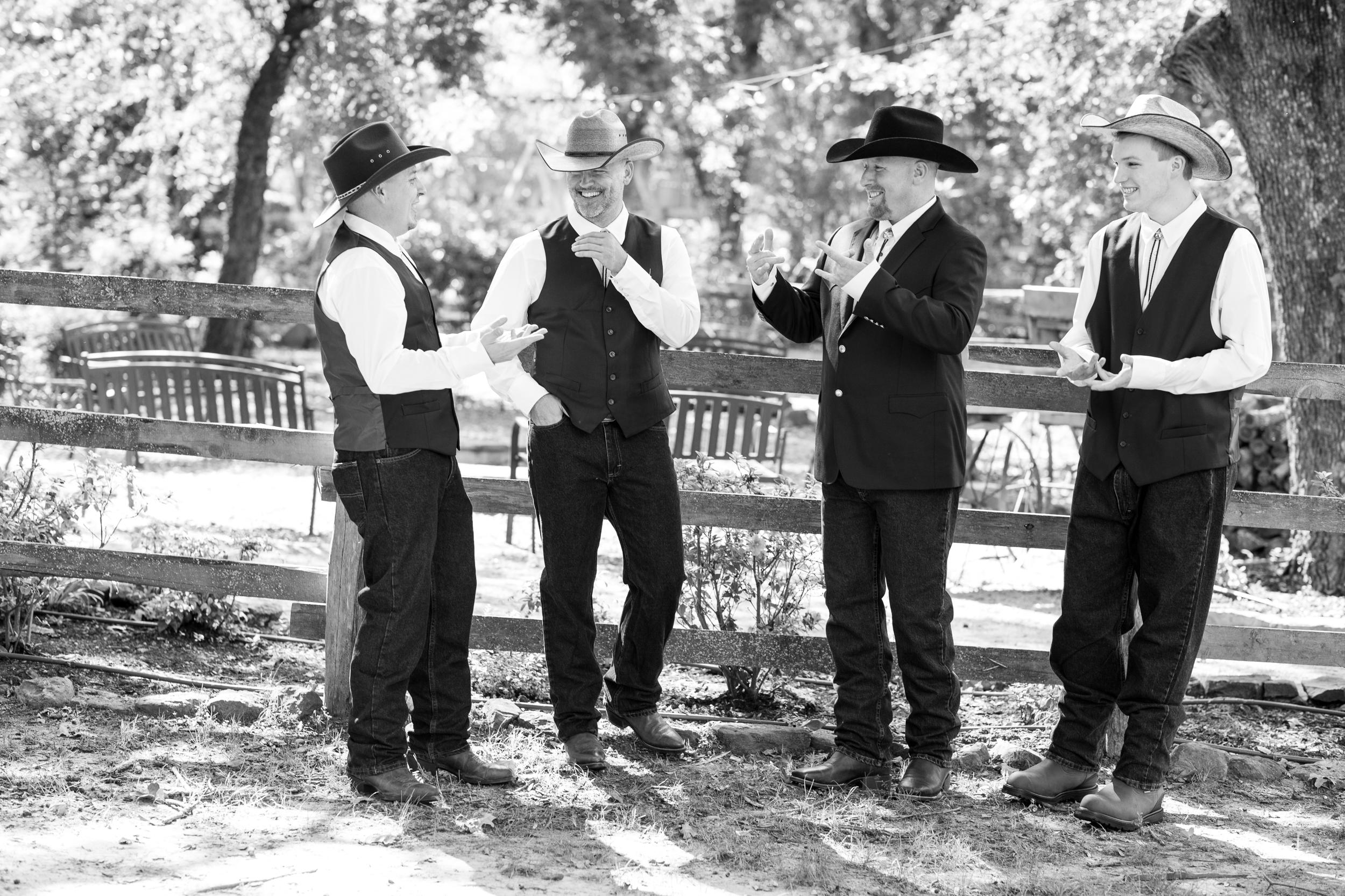 O'Connor-Wedding_kelsiehendricksphotography-8.jpg