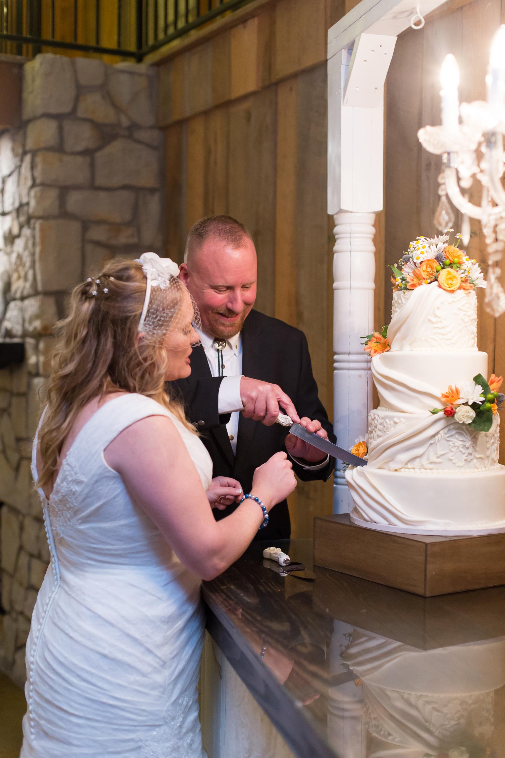 O'Connor-Wedding_kelsiehendricksphotography-77.jpg