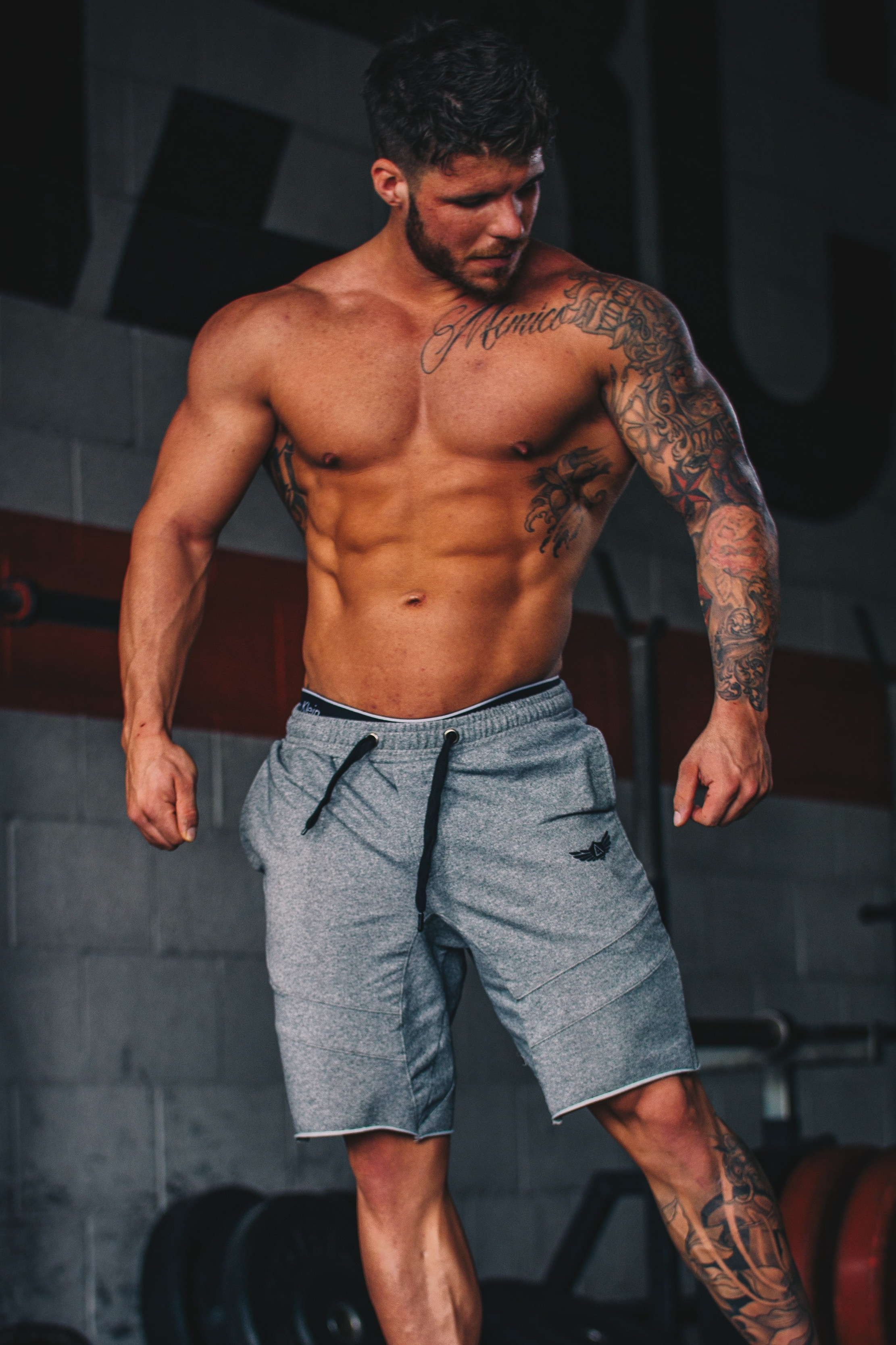 Garrett is a full-time certified personal training specialist, Precision nutrition coach and nutritionist specializing in body transformations for both men and women of all ages. -