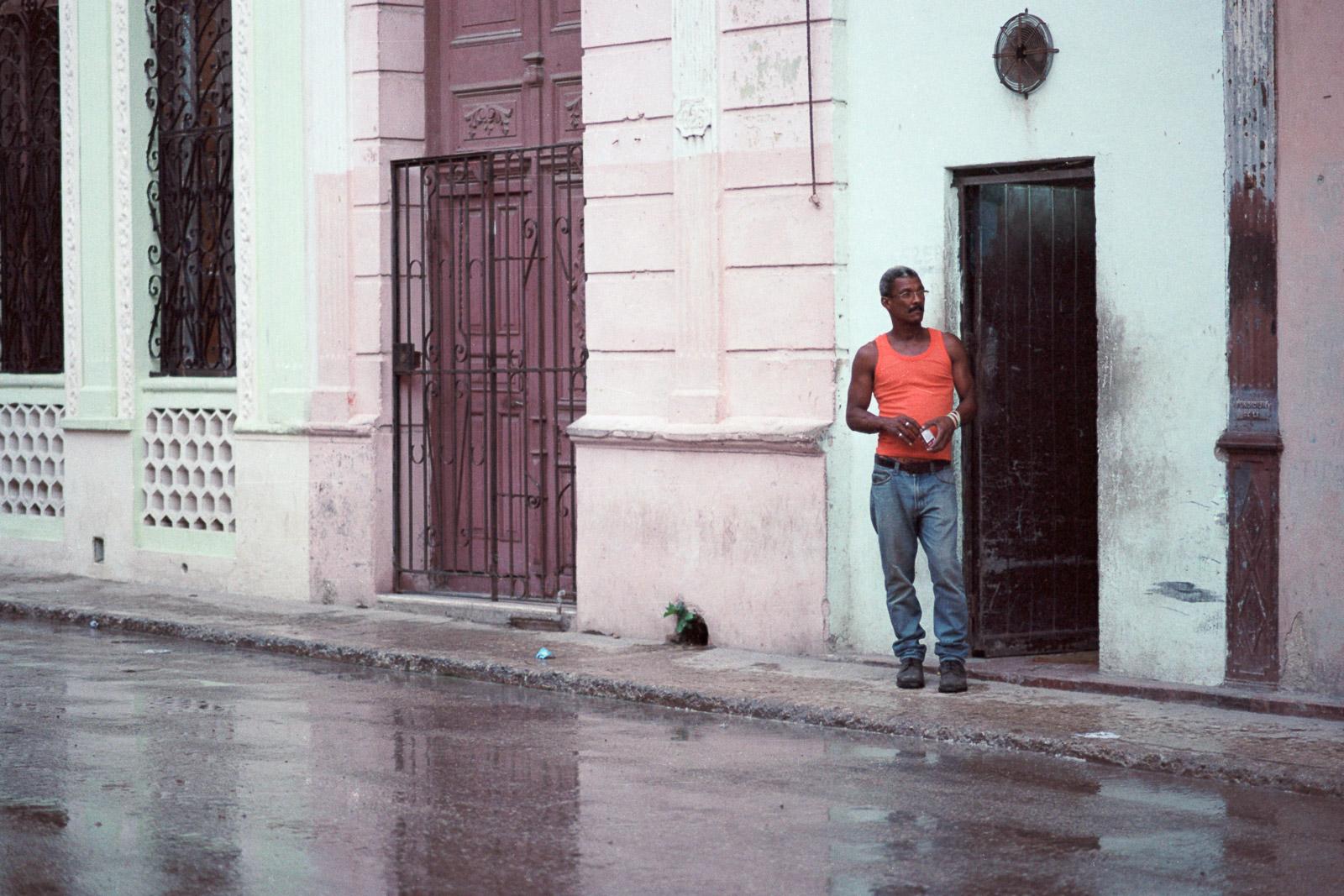 0001-cuba-travelphotography-12-cuba-portra-160-18.jpg