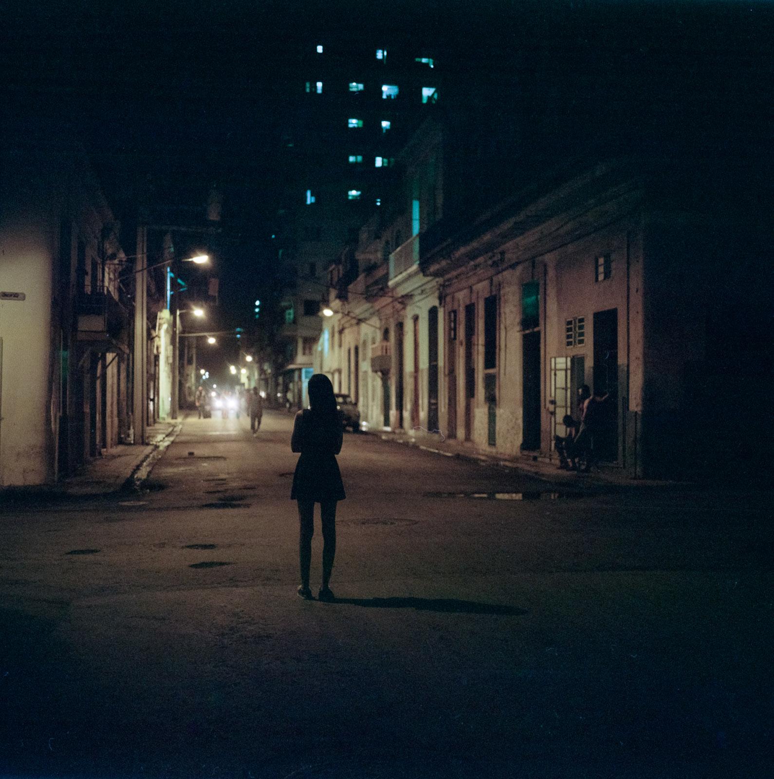0001-cuba-travelphotography-25-Cuba-Portra-800-8.jpg