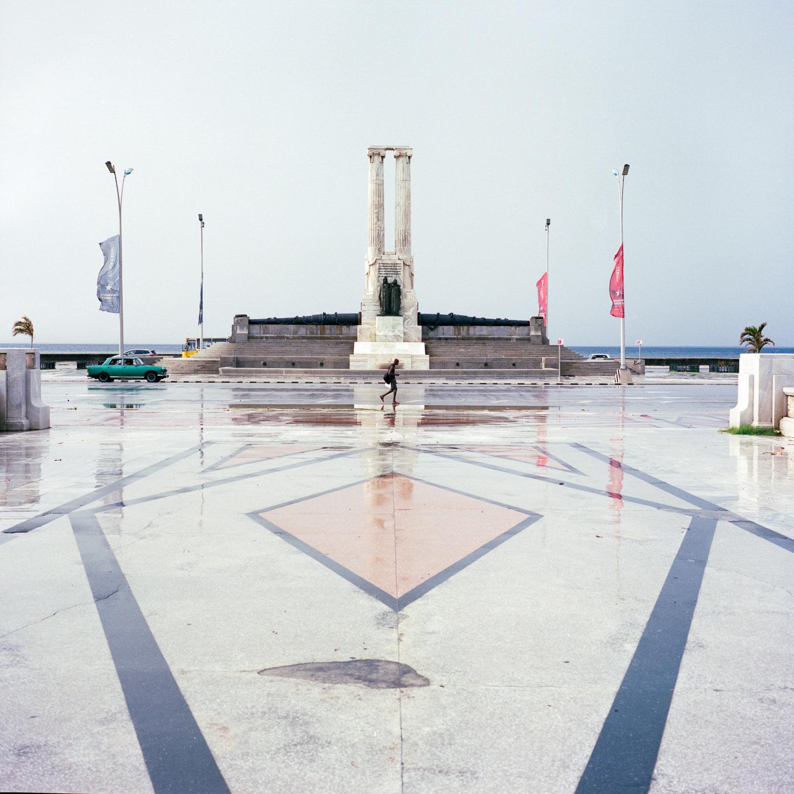 0001-cuba-travelphotography-24-Cuba-Portra-400.jpg