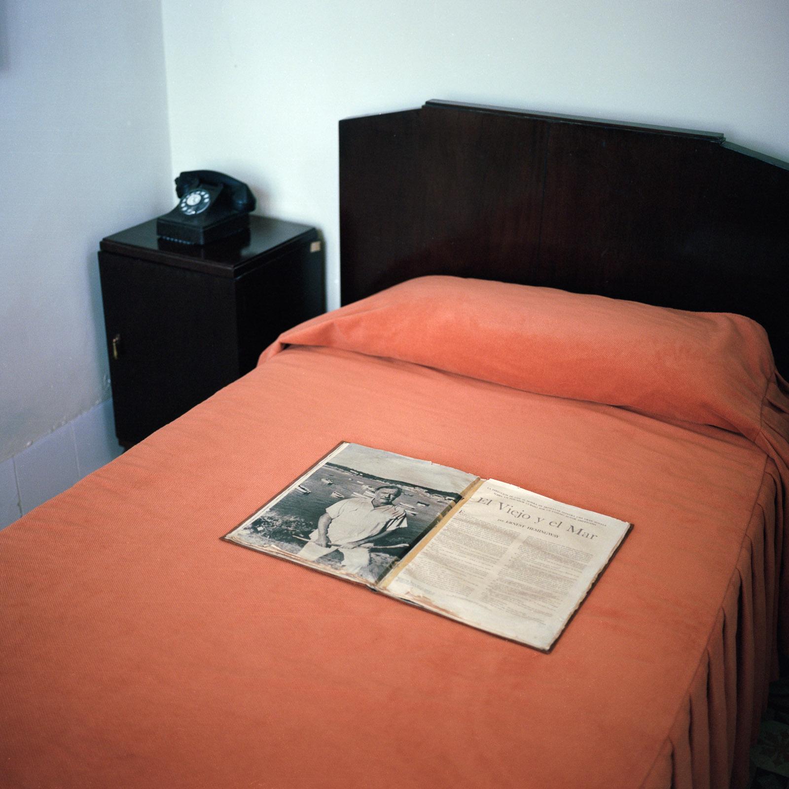0001-cuba-travelphotography-19-Cuba-Portra-400-7.jpg
