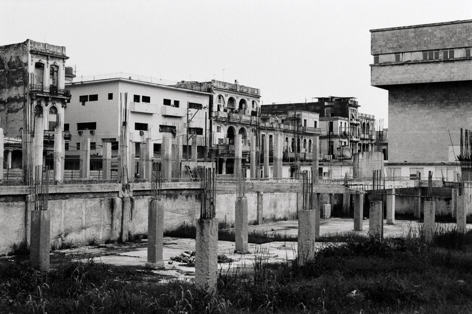0001-cuba-travelphotography-9-Cuba-TriX400-4.jpg