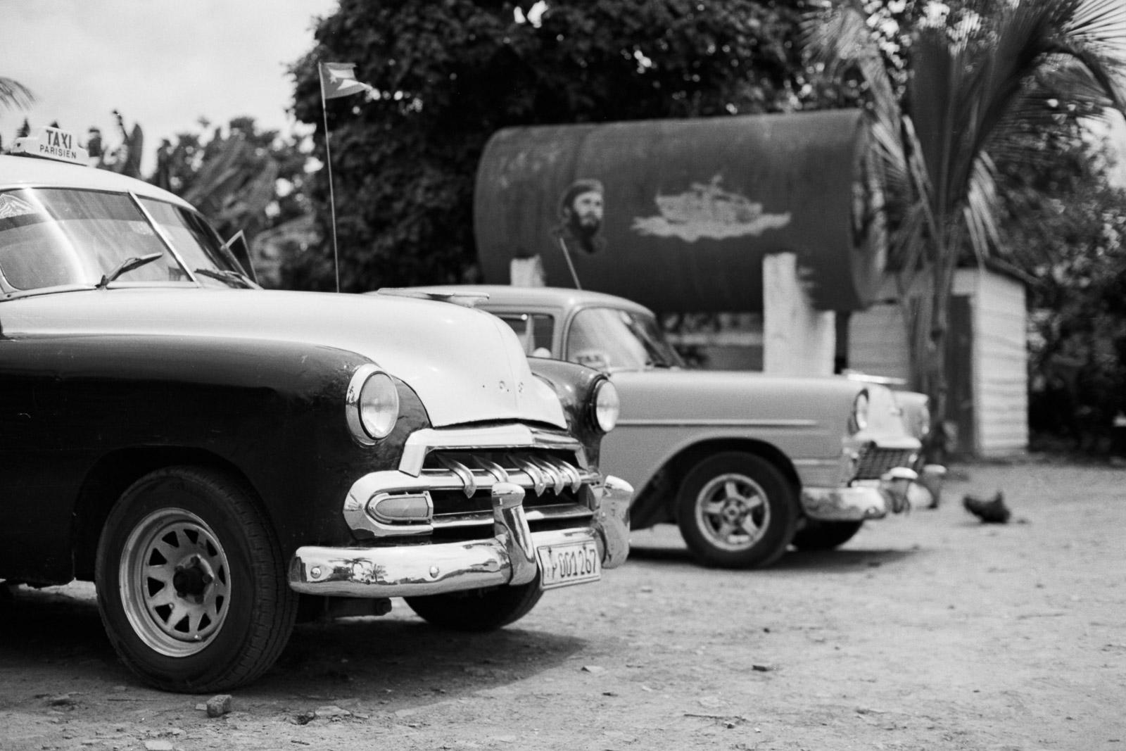 0001-cuba-travelphotography-12-cuba-portra-160-31.jpg
