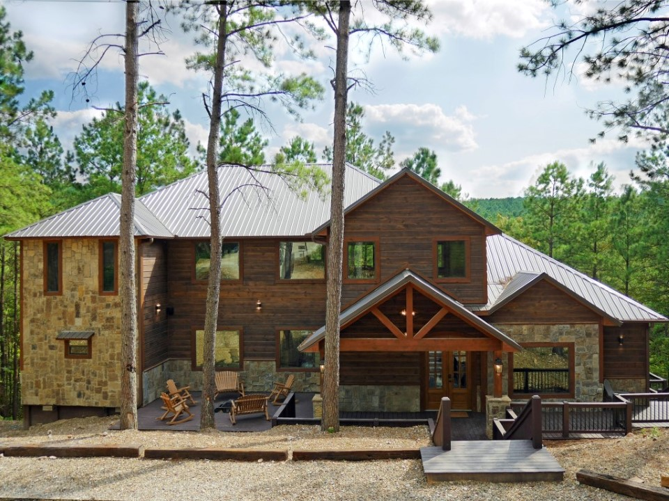 Rustic Mountain Lodge - Front of Cabin.JPG