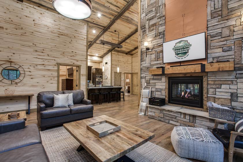 Rustic Hollow Cabin | Living Room & Kitchen