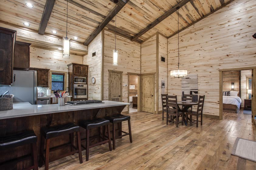 Rustic Hollow Cabin | Kitchen & Dining Room