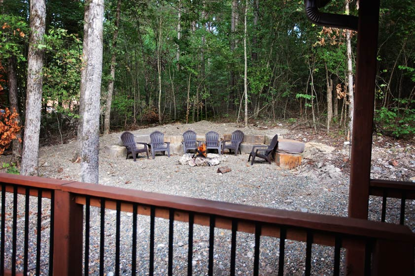 Rustic Retreat | Outdoor Fire Pit