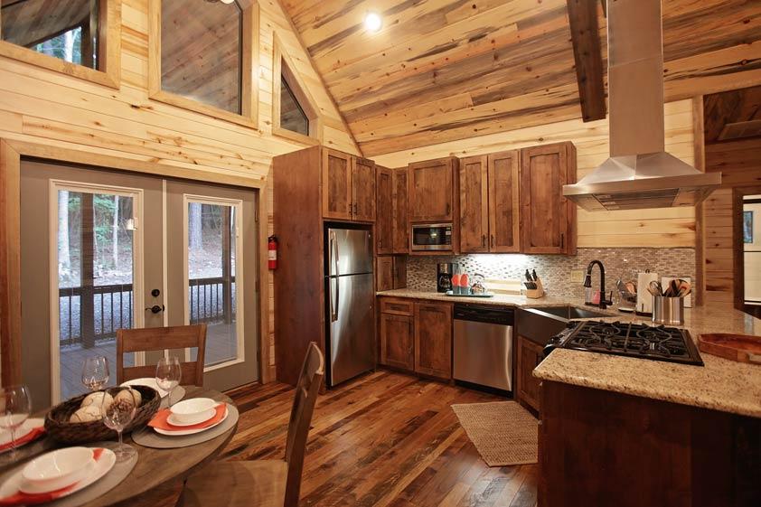 Rustic Retreat | Kitchen