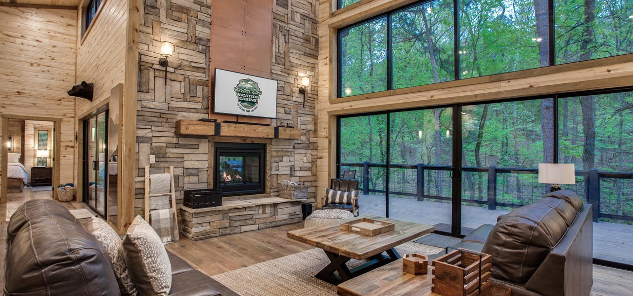 Rustic Hollow Cabin | Living Room