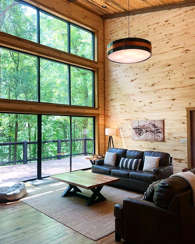 Rustic Hollow Cabin ❤️Click the link in our profile to book this beautiful space for your next getaway🌲