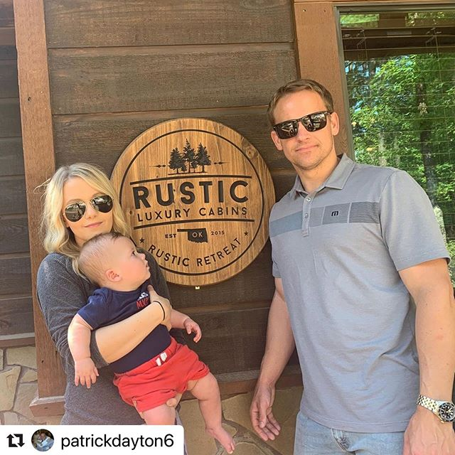 Such a super cute pic! We're so glad you had a great stay at #RusticRetreat!  #Repost @patrickdayton6 with @make_repost ・・・ Amazing family time at @rusticluxurycabins_brokenbow  thanks to my amazing wife @christinadanielle10 for arranging it. ❤️