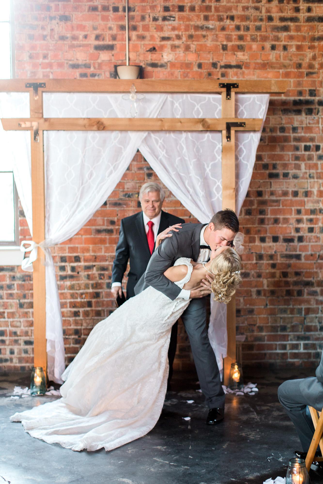 5f1f8-downtown-bryan-weddingdowntown-bryan-wedding.jpg