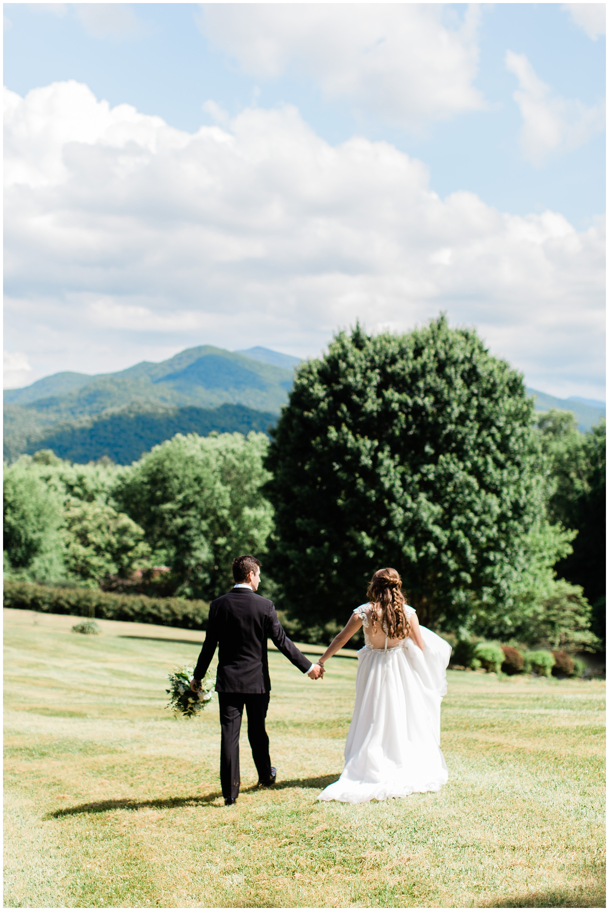 Asheville_Wedding_Photographer_0001.jpg