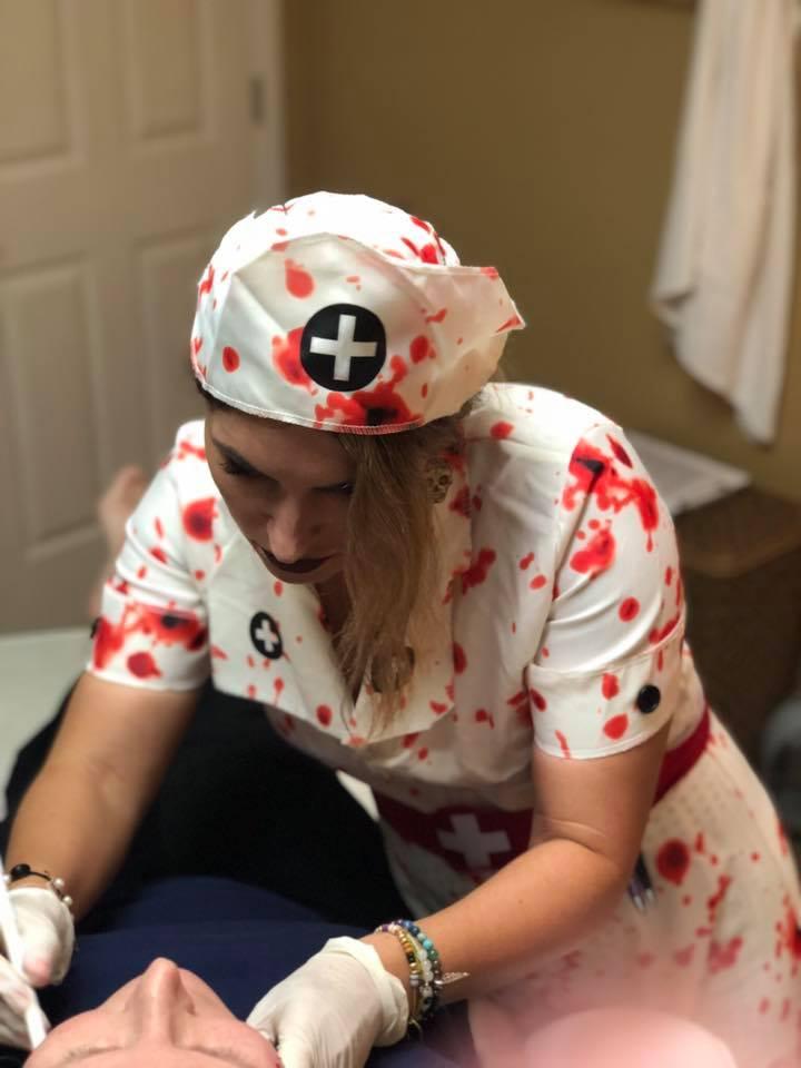 Halloween Bash: Skintastic has fun 45