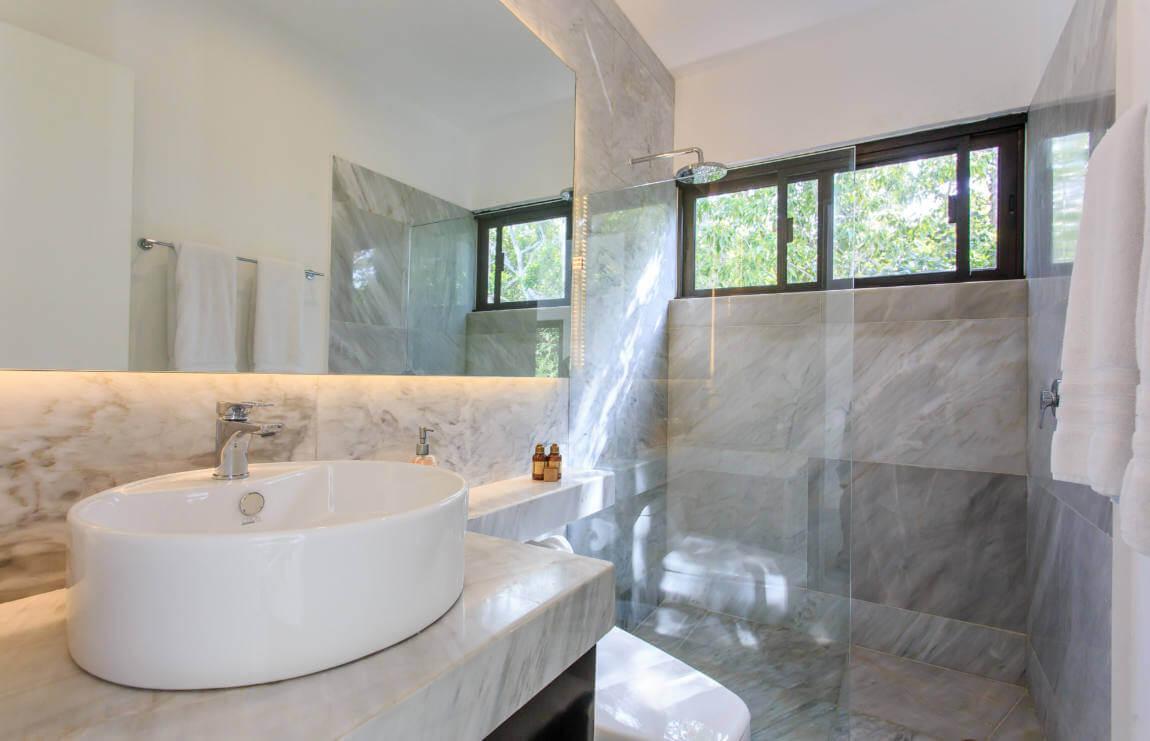13_tulum_vacation_rentals_casa_crystal_bathroom.jpg