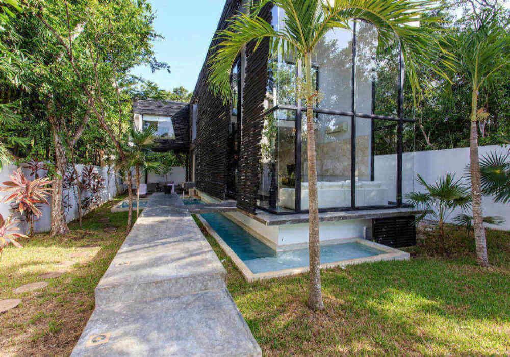 16_tulum_vacation_rentals_casa_crystal_main_entrance.jpg