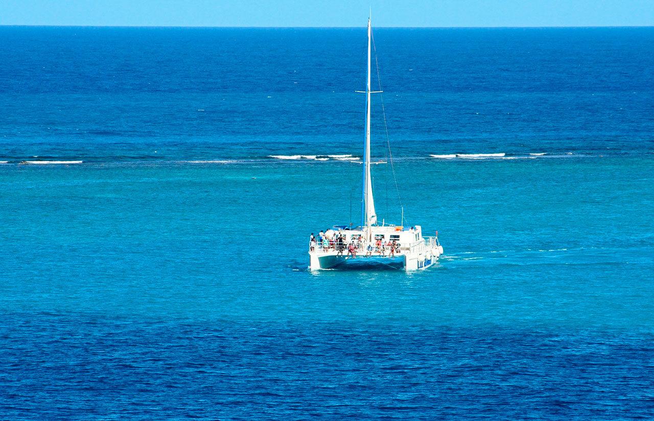 catamaran-snorkel-02.jpg
