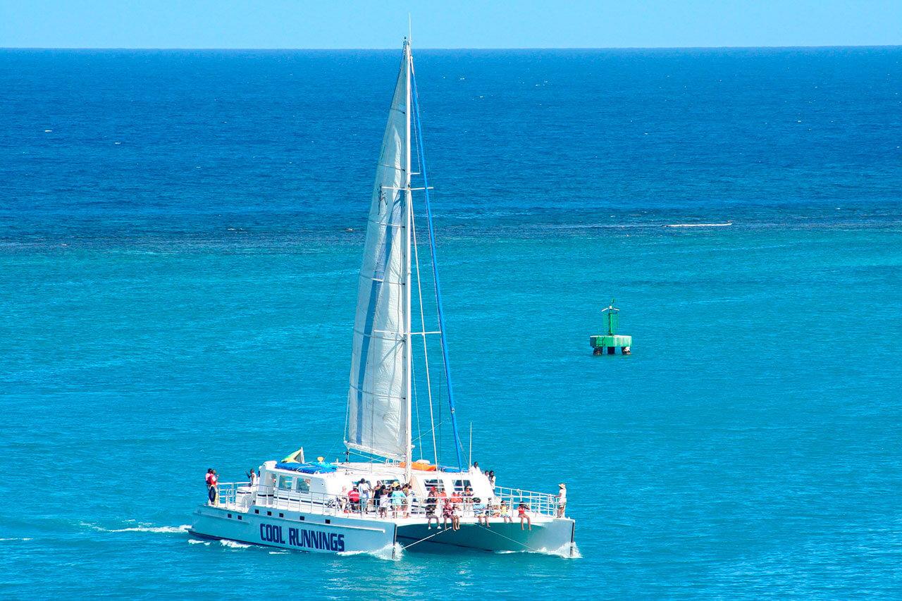 catamaran-snorkel-04.jpg
