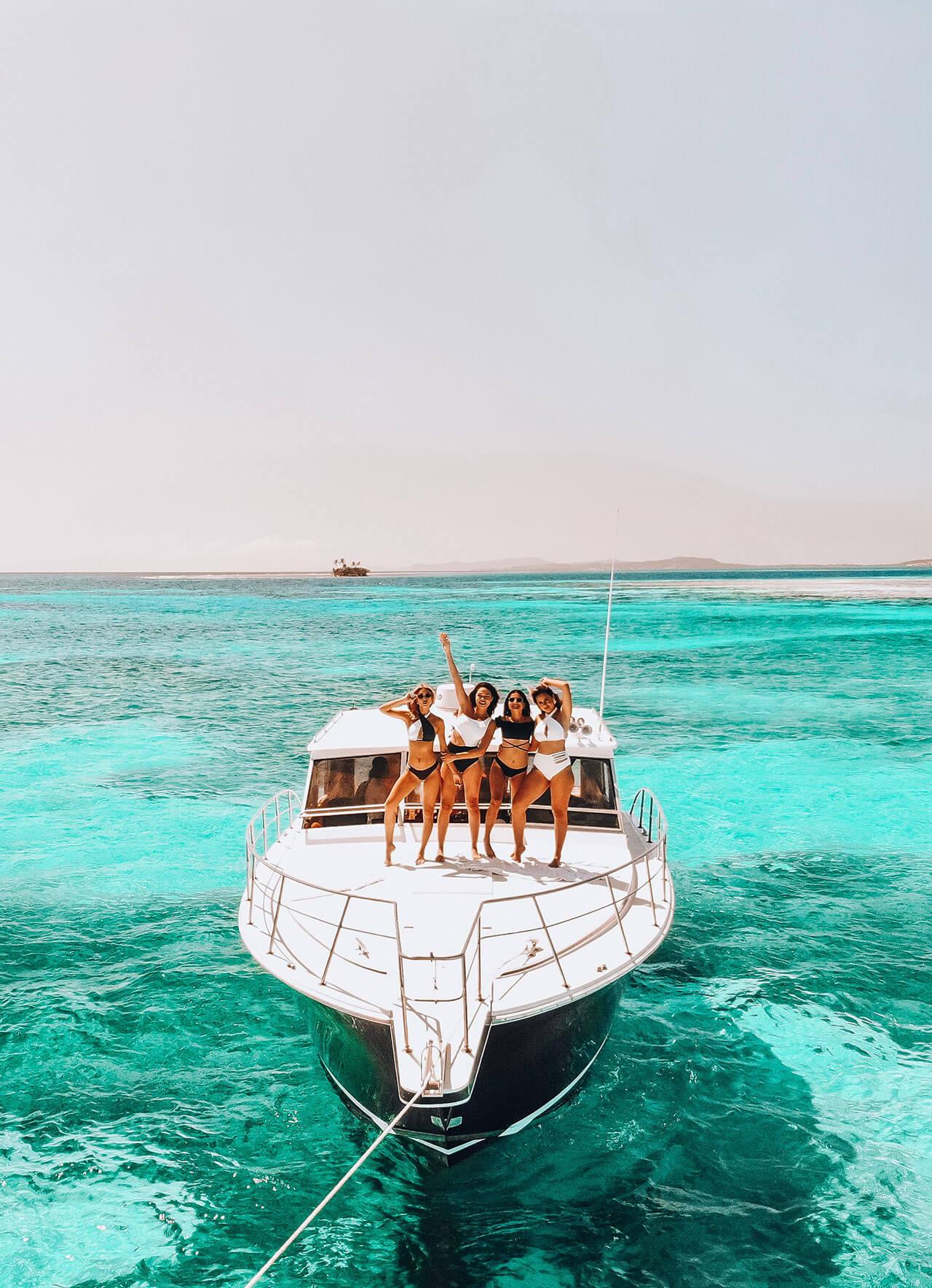 yacht-charter-01.jpg