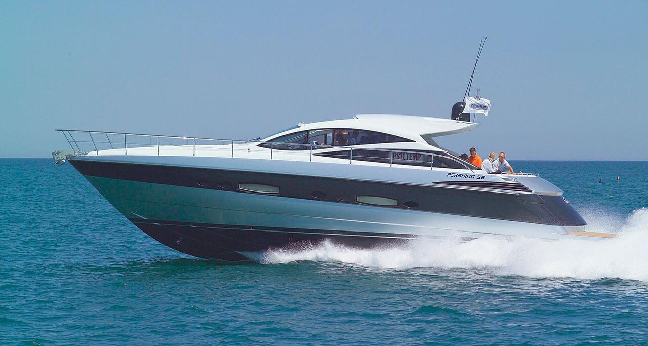 yacht-charter-09.jpg