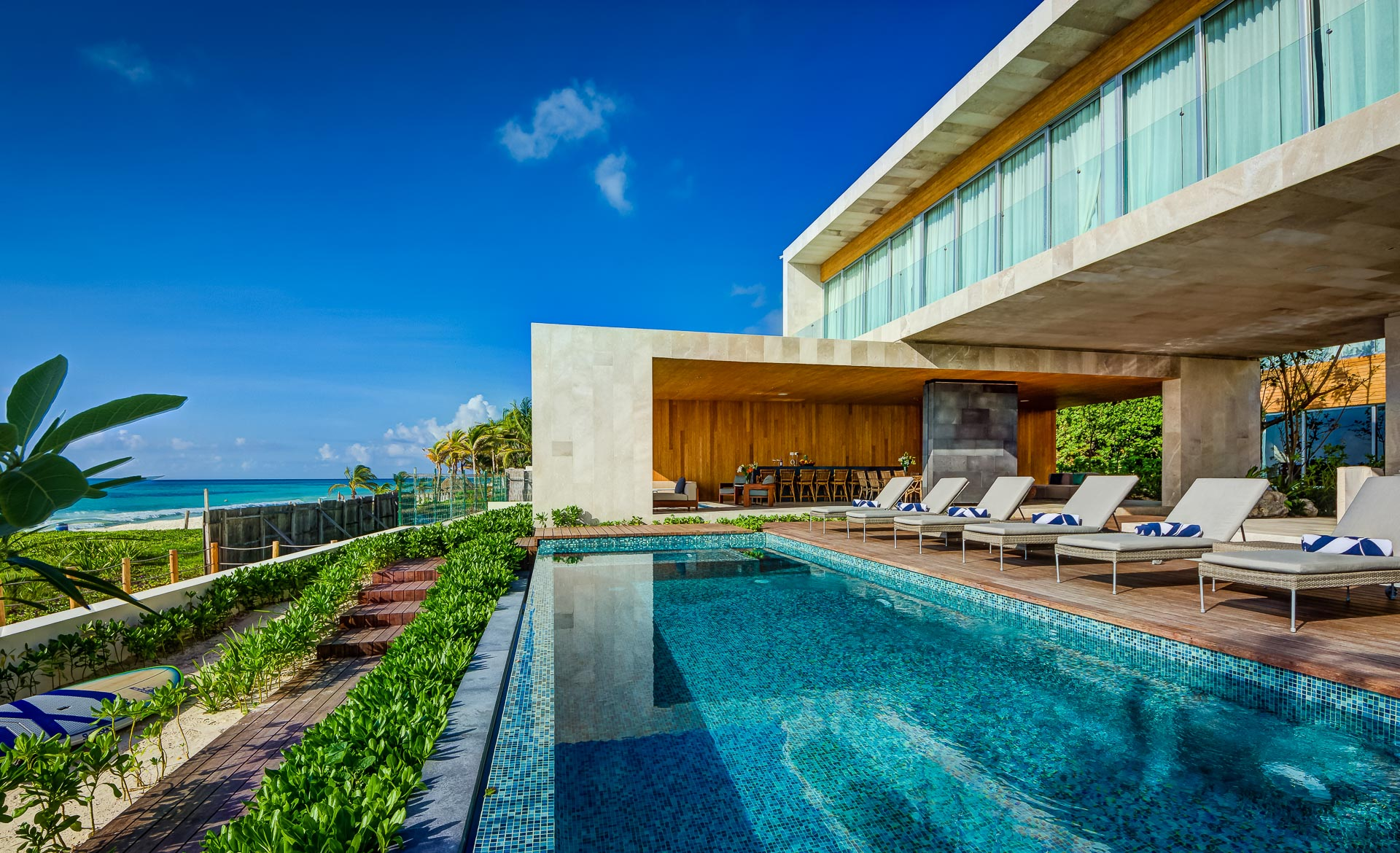 Live your dream vacation - In the house of your dreams